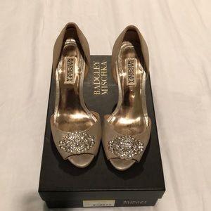 Badgley Mischka size 36 heel sandal